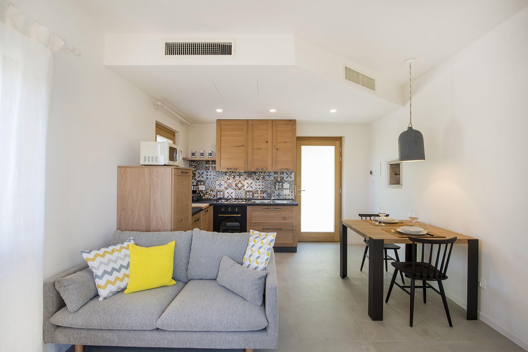Pendolino - living room - Apartment - Agriturismo GaiaSofia.jpg